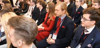 Młodzieżowy Sejmik Mazowsza przeciwko podziałowi województwa-55058