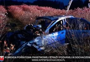Śmiertelne dachowanie w Januszewie, w gminie Młodzieszyn AKTUALIZACJA-55125