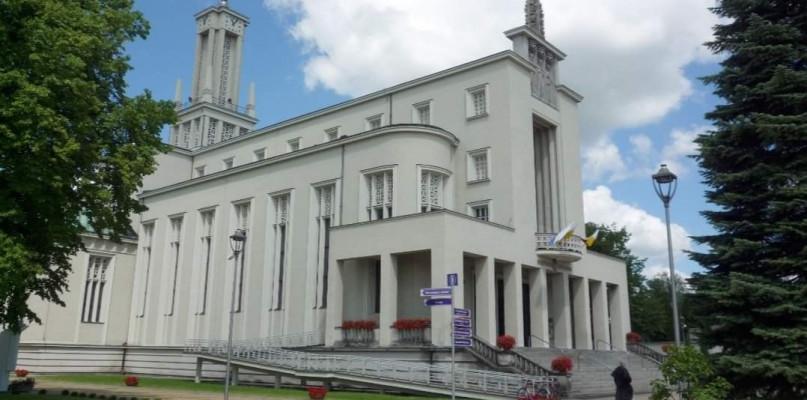 Klasztor w Niepokalanowie. Kilkudziesięciu braci zakażonych - 55193