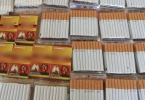 Kolejna seniorka z Sochaczewa z nielegalnymi papierosami i alkoholem-56781