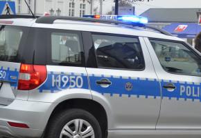 Sochaczew. Dwaj mężczyźni z zarzutami o znęcanie się nad rodziną, dostali nakaz opuszczenia mieszkania-57425