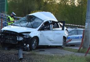 Dramatyczny wypadek na przejeździe w Radziwiłłowie. Cud, że nikt nie zginął VIDEO-57814