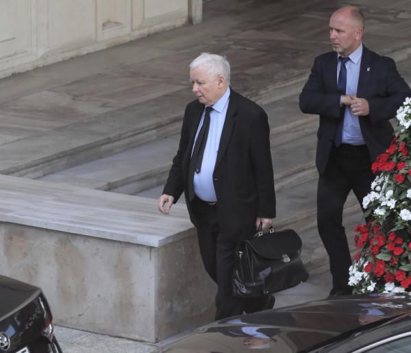 Nagłe oświadczenie prezesa Kaczyńskiego! Wskazał źródło ataków-58417