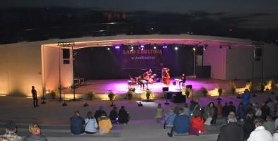 Koncert na zakończenie sezonu w amfiteatrze. Boogie Boys dał show-59870