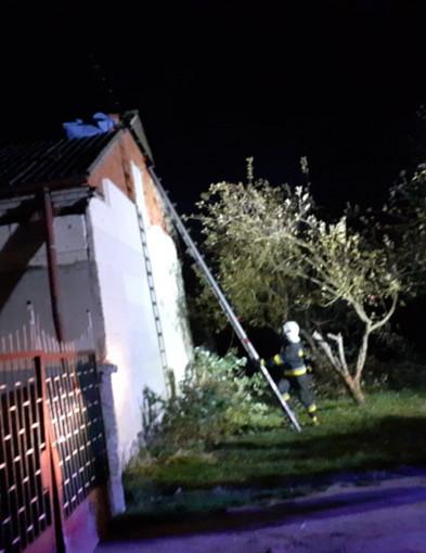 Wichura nad powiatem: 24 interwencje, 3 zerwane dachy-60243
