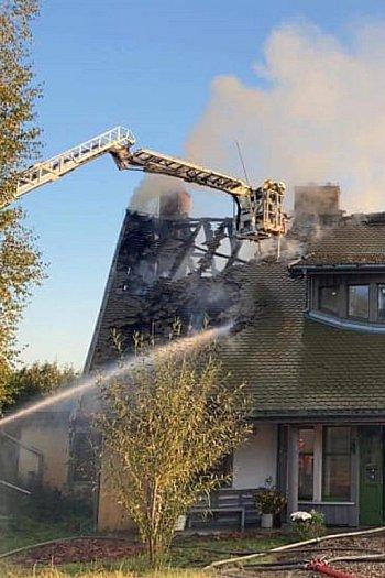 Pożar gospodarstwa agroturystycznego w Górkach-9593
