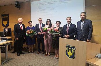 Burmistrz Błonia z absolutorium-10467