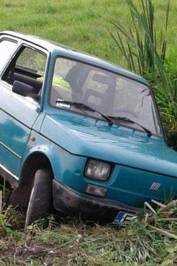 Kradzież Malucha w Kiernozi-10824