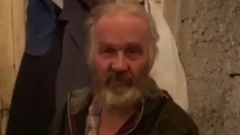 Franciszek z gminy Teresin tak naprawdę mieszka w oborze