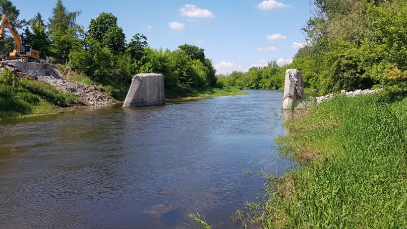 Chodaków i most, którego nie ma